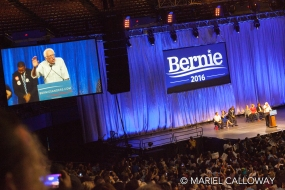 Bernie-Sanders-Los-Angeles-16 small