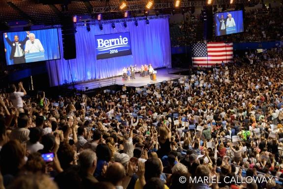 Bernie-Sanders-Los-Angeles-17 small